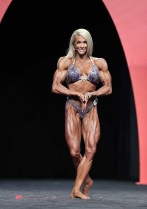 Mindi O'Brien al Women's Physique 2014